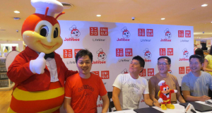 Uniqlo and Jollibee sealed the partnership at the Uniqlo store in SM Megamall. (From left: Jollibee mascot, Fast Retailing Philippines co-COO Masayoshi Nakamura, Fast Retailing Philippines COO Katsumi Kubota, Jollibee Philippines president Joseph Tanbuntiong, and Jollibee Philippines vice president for marketing Harvey Ong