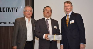PRA President Atty. Paul A. Santos (center) with PRA Chairman Emeritus Samie Lim (left) and Sweden Ambassador to the Philippines Mr. Harald Fries.