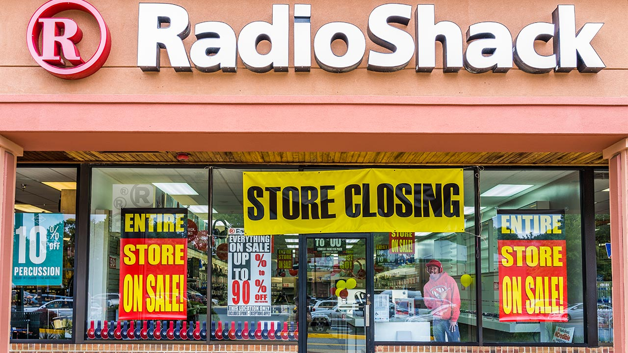 07-14 The demise of brick-and-mortar retail has been greatly exaggerated featured