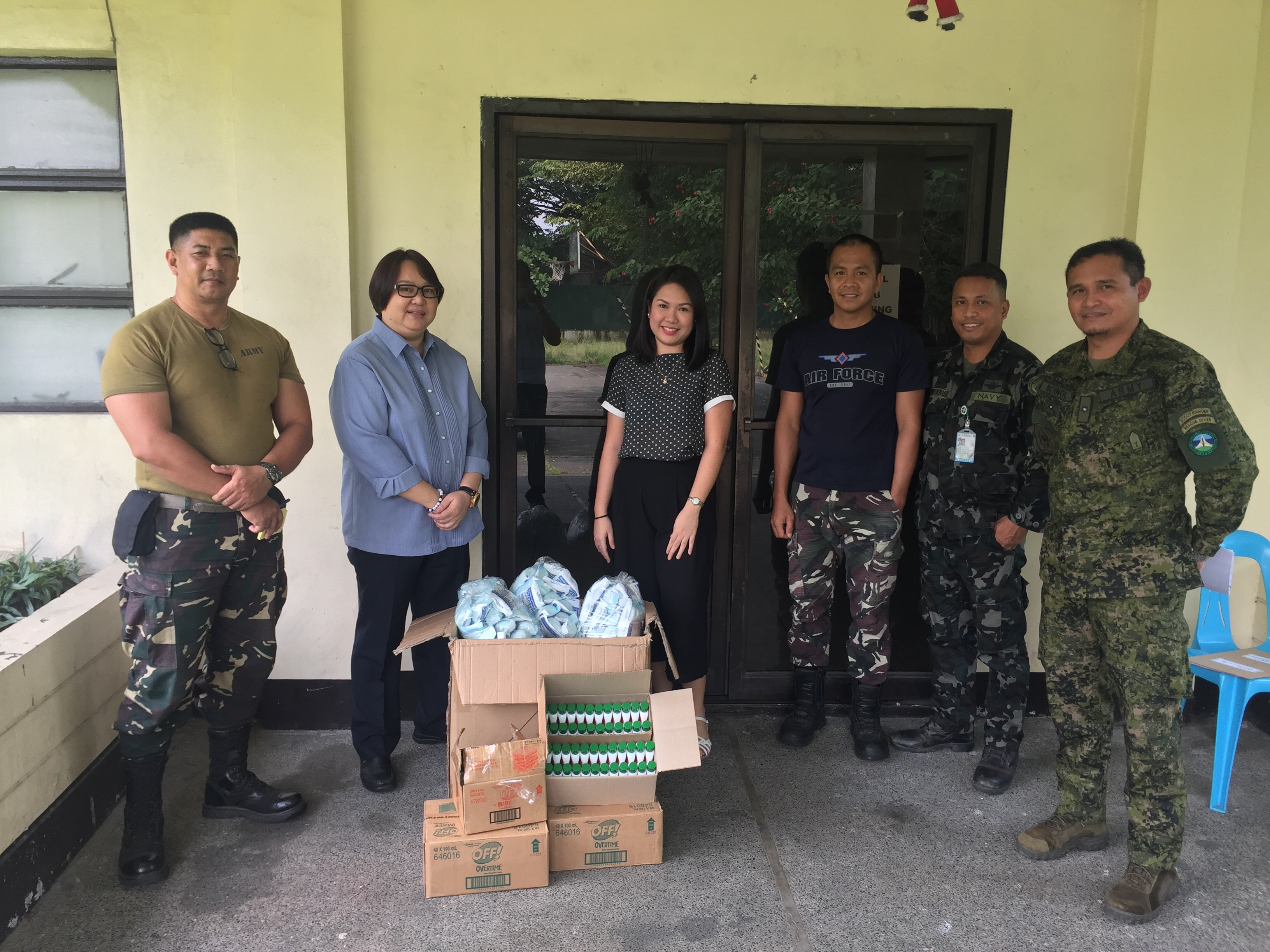L-R: TSg Caranza, PA (Army), BM Miranda, PRA Asst. Secretary General, Mayan Sangil, PRA Advocacy & Communications Officer, SSg Espedido, PAF (Airforce), PO2 Dela Cruz, PN (Navy), Maj. Eliseo Betinol Jr., PA (Army)